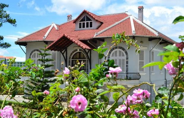 Một căn biệt thự cổ trên đường Hùng Vương