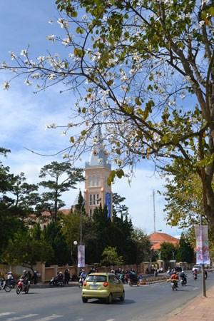 Nhà thờ Con Gà (đường Trần Phú - Đà Lạt)