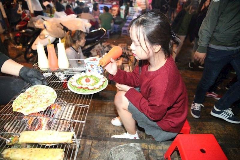 Bánh tráng nướng nổi tiếng Đà Lạt