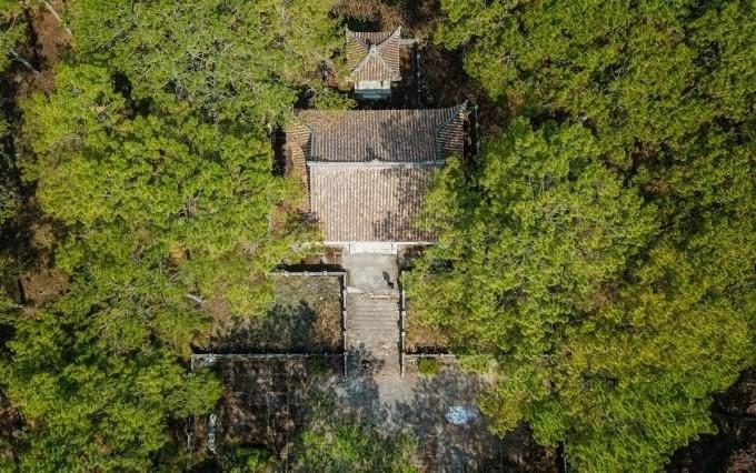 Toàn cảnh khu lăng mộ nhìn từ trên cao